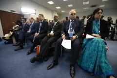 Во-время-делового-круглого-стола-Россия-Индия-1